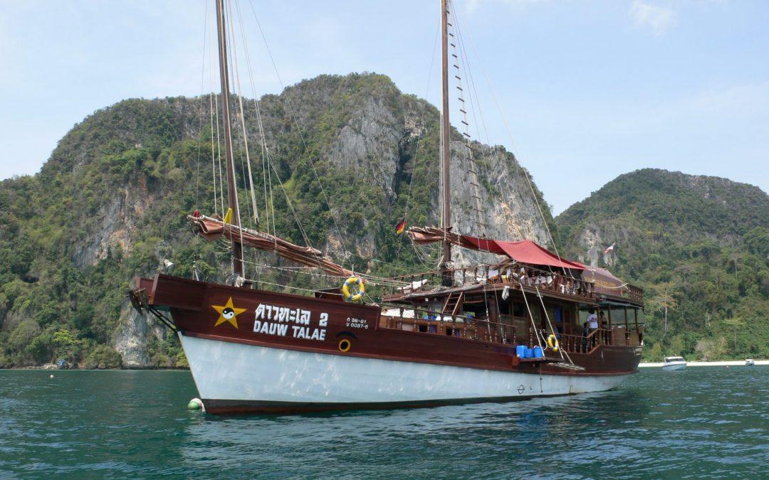 Dauw Talae Junk Cruise – Cabin Availability 18/19